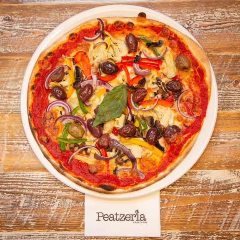 A vegetarian pizza in Peatzeria restaurant on Islay